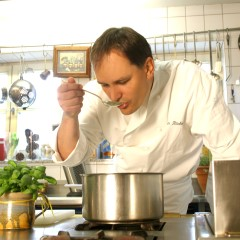 cooking class in Munich, theme tour, guided tour, local guide, Ilona Brenner,